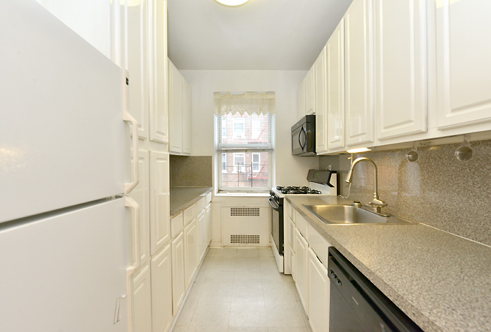 920-east-17-street-featured